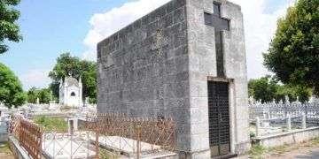 Tumba de Eugenio Casimiro Rodríguez Carta en el Cementerio de Colón/Foto: Cortesía del autor