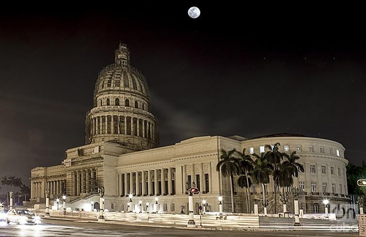 noche-capitalina1-755x490