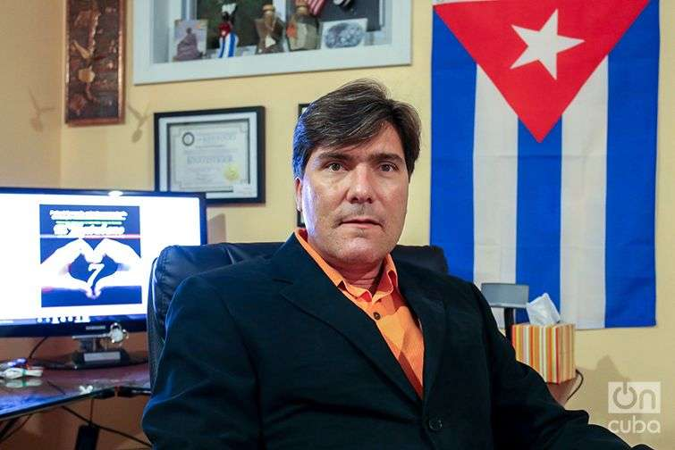 Luis Fuentes runs a magazine called El Kentubano, which is aimed at the Cuban population in Louisville