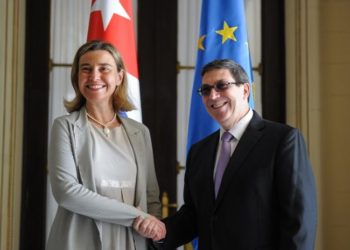 Federica Mogherini, head of European diplomacy, with Cuban Foreign Minister Bruno Rodríguez at the Ministry of Foreign Affairs of Cuba in March 2016. Photo: Adalberto Roque / AFP.