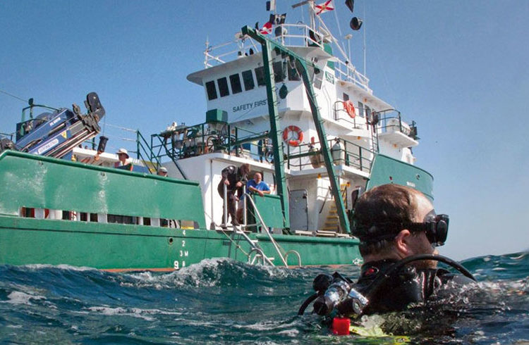 "The ""R/V Weatherbird II"" during its marine studies. Photo: timeshighereducation.com."