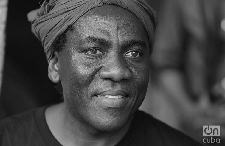 Richard Bona in the Guanabacoa Amphitheater. April 28,