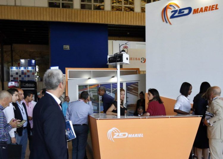Stand of the Mariel Development Zone in the Havana International Trade Fair (FIHAV 2018) on Tuesday October 30. Photo: Ernesto Mastrascusa / EFE.