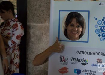 At the November of Entrepreneurs event, representatives of the Cuban private sector learned more about the social media as channels to give publicity to their businesses. Photo: Otmaro Rodríguez.