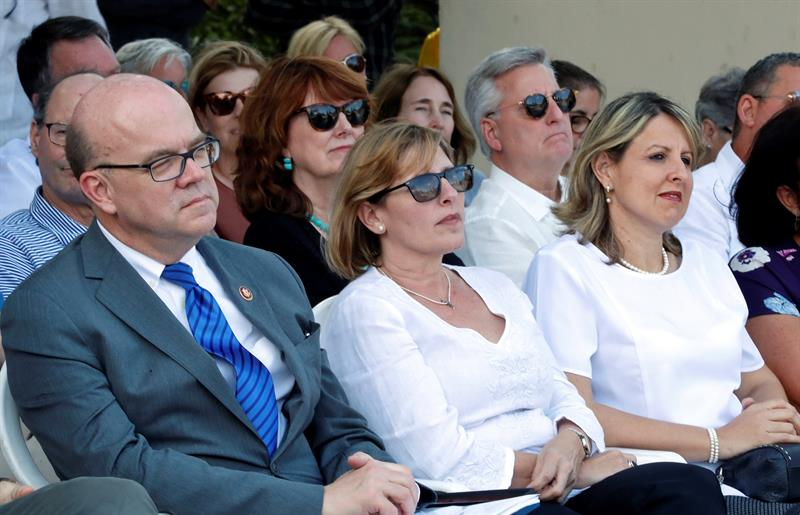 McGovern, the president of the National Heritage Council of Cuba, Gladys Collazo, and Cuban Deputy Minister of Culture Kenelma Carvajal at the inauguration of the Ernest Hemingway Museum Restoration Center, in Havana. Photo: Ernesto Mastrascusa/EFE.