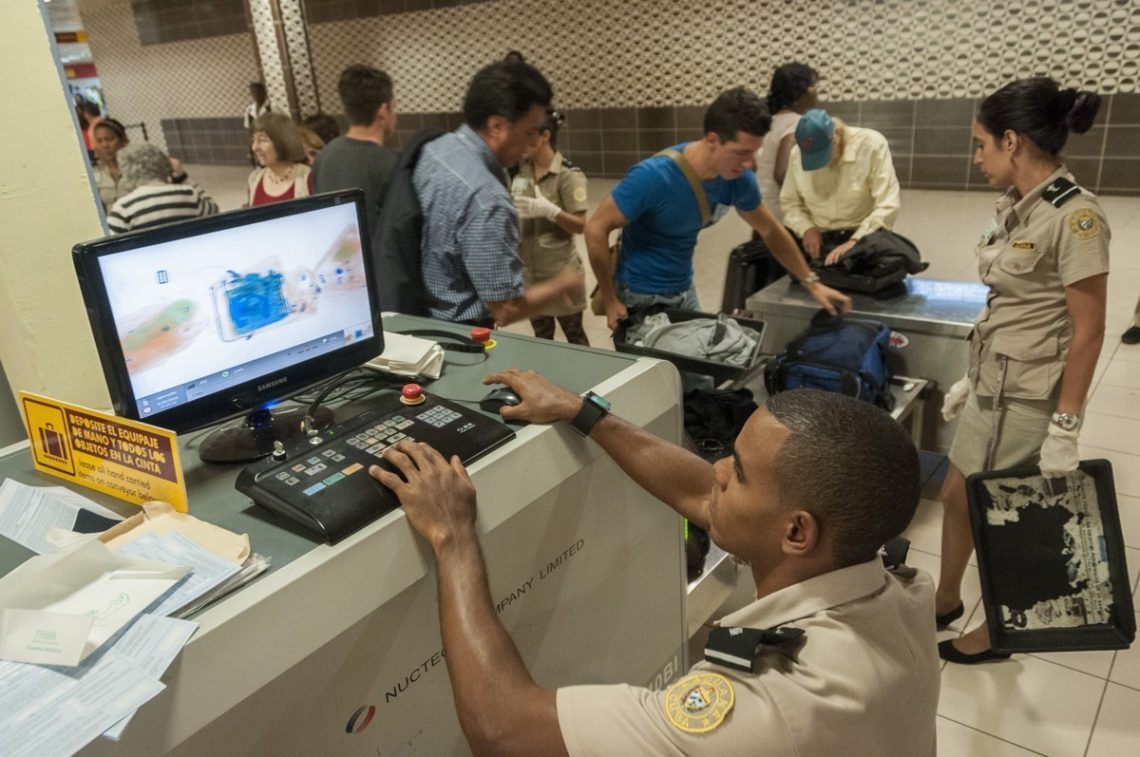 Aduanas en Cuba