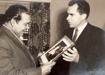 Richard Nixon (right) with Fulgencio Batista. Photo: hiveminer.com