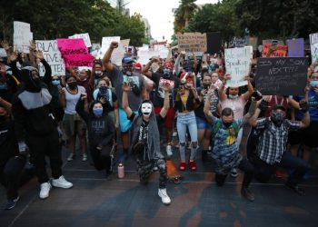 Demonstrators protest in Las Vegas on May 30, 2020 over the death of George Floyd, a black man who died of suffocation while in police custody on May 25 in Minneapolis. Photo: John Locher/AP.
