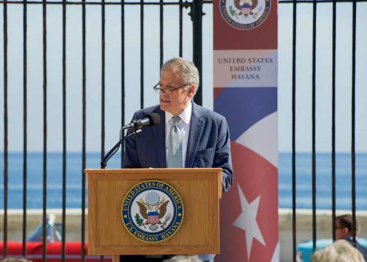 DeLaurentis during the opening of the United States Embassy in Cuba. Photo: Council on Hemispheric Affairs