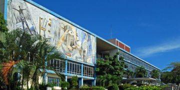 Rectorate building of the Universidad de Oriente, in Santiago de Cuba. Photo: OnCuba archive.