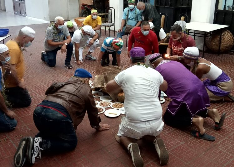 Detail of photo taken from: facebook.com/asyorubacuba