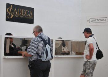 Photo: Recargas a Cuba.