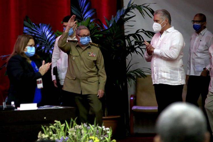 Díaz-Canel and Raúl Castro
