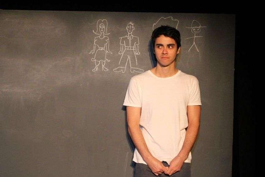 Daniel Romero en la obra de teatro Diez Millones. Foto: Manolo Garriga.
