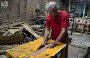 Pedro Ferrá es arquitecto y se encuentra integrado al proyecto Bambú Centro. Foto: Otmaro Rodríguez.