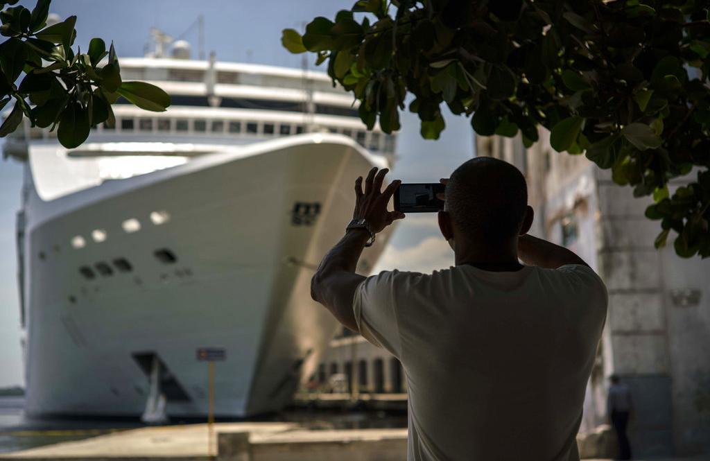 Cuba creció en 2017 un 1,6 por ciento, impulsada, según Cabrisas, por sectores como el turismo, el transporte y la agricultura. Foto: Ramón Espinosa / AP.