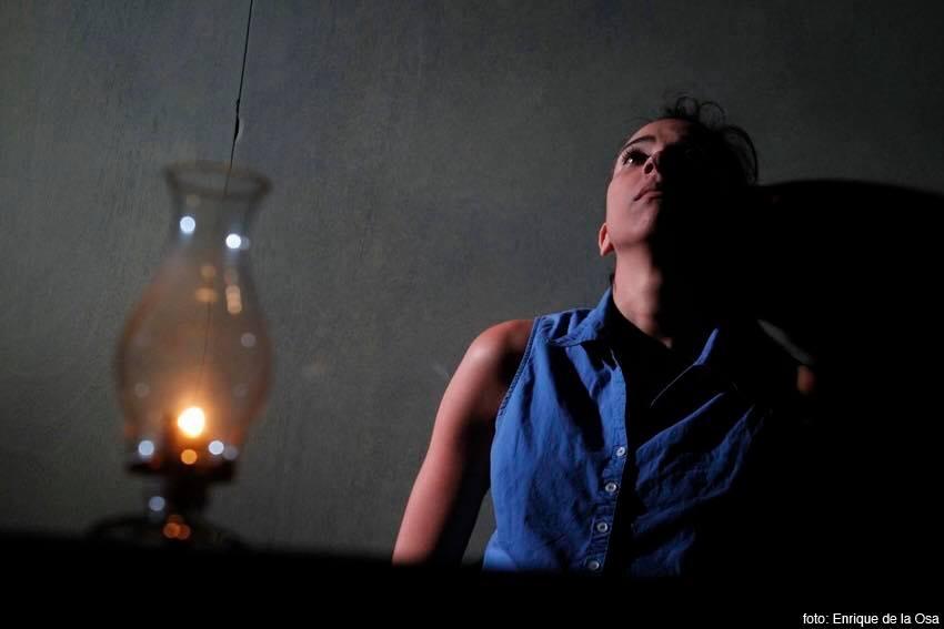 """Yuliet Cruz como Luz Marina Romaguera en """"Aire frío"""". Foto: Enrique de la Osa."""
