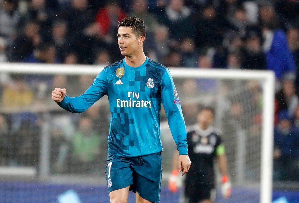 Cristiano Ronaldo del Real Madrid festeja tras anotar el segundo gol en la victoria 3-0 ante Juventus en los cuartos de final de la Liga de Campeones en Turín, el 3 de abril de 2018. Foto: Luca Bruno / AP.