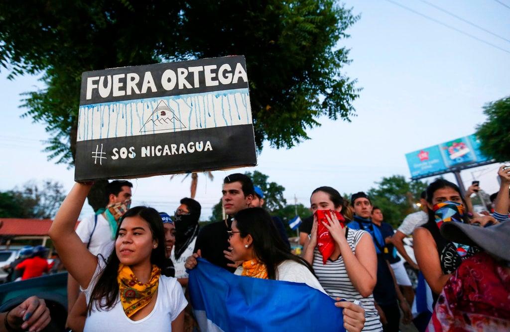 Marcha contra el gobierno del presidente Daniel Ortega, en Managua, Nicaragua, el domingo 11 de abril de 2018. Foto: Alfredo Zuniga/AP.