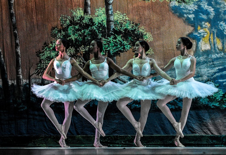 El lago de los cisnes. Foto: Cortesía del Ballet Nacional de Cuba.