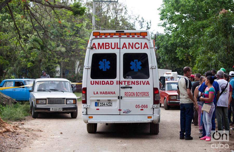 Había ambulancias, camiones refrigerados, bomberos... Foto: Claudio Pelaez Sordo.