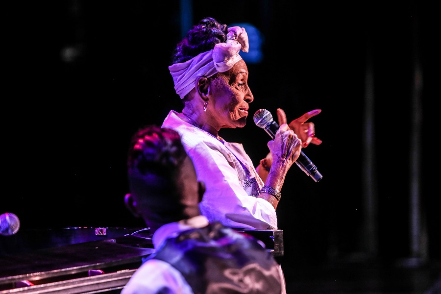 Omara Portuondo2_Photo by Jati Lindsay
