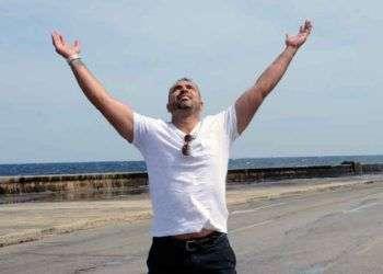 Rey Ordóñez escaló una barda en los Juegos Mundiales Universitarios de 1993 en Buffalo, Nueva York, y dejó atrás a la selección cubana. En el 2013 regresó a La Habana. Foto: Archivo de Oncuba