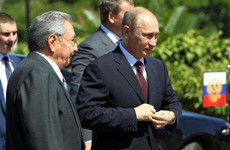 Vladimir Putin y Raúl Castro en La Habana