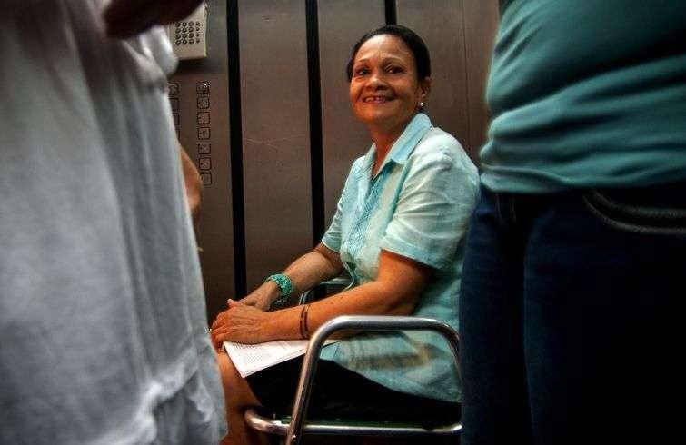 Edita, ascensorista