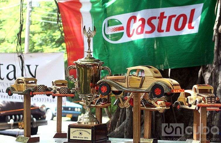 Gelasio Ramos and Erick Estrada won the Rally driving a Fiat 600 from 1958 / Image: Jhonah Díaz González.