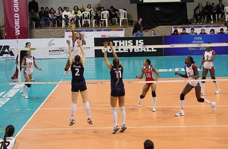Voleibol femenino cubano / Foto: Cortesía de autor.