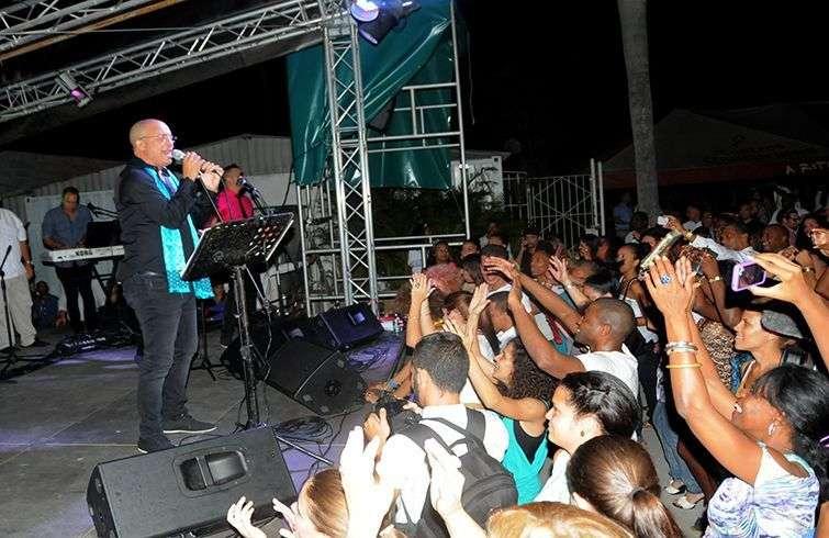 Concierto de Isaac Delgado en El Sauce / Foto: Roberto Ruiz
