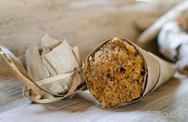 Cucurucho de Coco, Miel y Almendras, típico de Baracoa