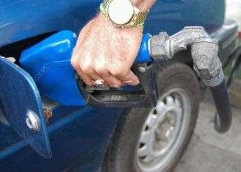 Las gasolineras del Estado son los puntos donde se comercializa ilegalmente más combustible / Foto: Raquel Pérez.