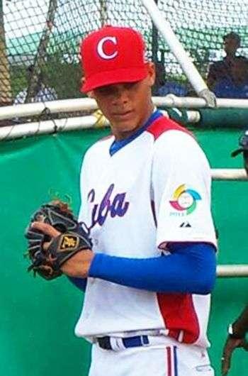 Yoan López