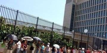 Según las partes cubanas, si se derogara la Ley de Ajuste, los cubanos podrían obtener más visas de turismo a USA, pues la Sina no los vería sospechosos de quedarse ilegalmente en el país.