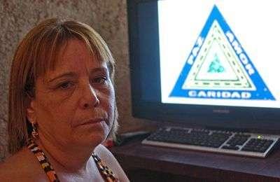 Laura Castillo, Hija de la Acacia