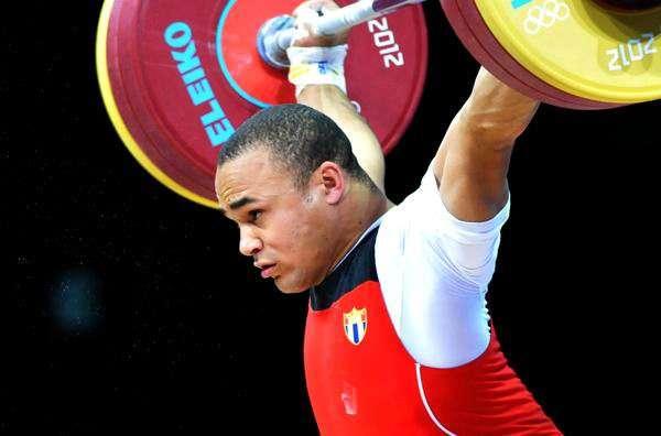Yoelmis Hernández, división de 85 kg., en la competencia de Levantamiento de pesas, en los XXX Juegos Olímpicos de Londres 2012.
