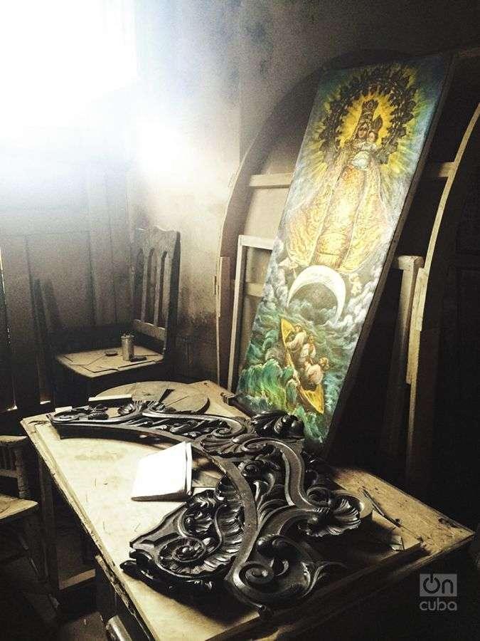 Valiosas reliquias se guardan en la iglesia derruida. Foto: Tania Lorenzo