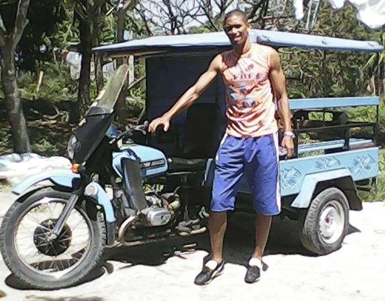 La motoneta del capitán del equipo Cuba de Fútbol. /Foto: Duanys Hernández