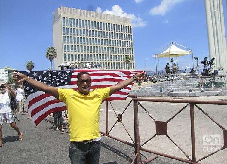 Daniel Llorente Miranda, Taxista por cuenta propia