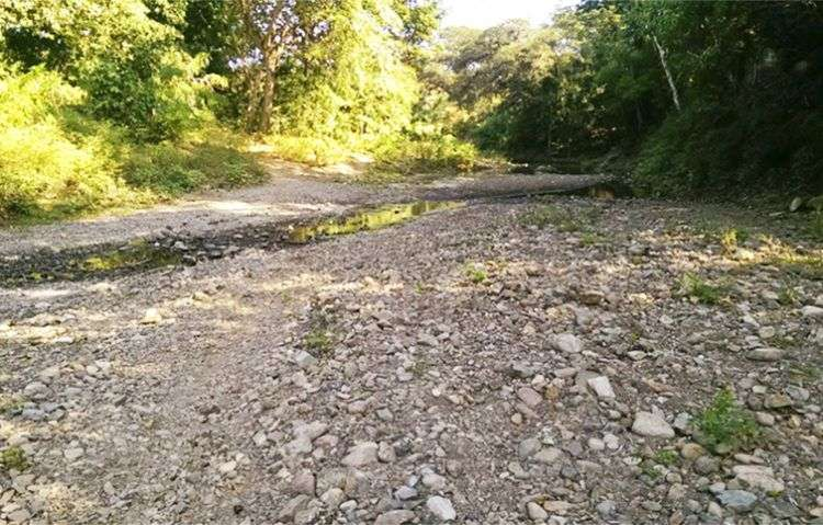 Río del poblado Cinco Palma, en Media Luna, Granma. Foto: Arian Guerra