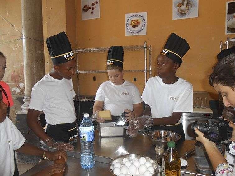 En el taller de cocina / Foto: Cortesía La Guarida