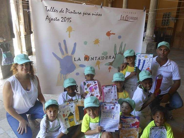 Los niños del taller de Artes Plásticas La Pintadera, en La Guarida / Foto: Cortesía La Guarida