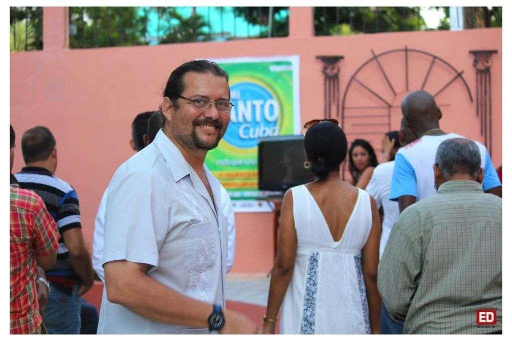 Aramís Fonseca Reyes, organizador de Oye Mi Canto. Foto tomada del perfil oficial del concurso en Facebook