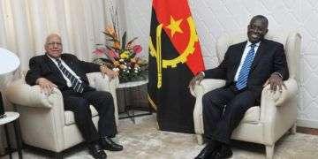 Ricardo Cabrisas y el vicepresidente de Angola, Manuel Vicente. Foto: Angola Press