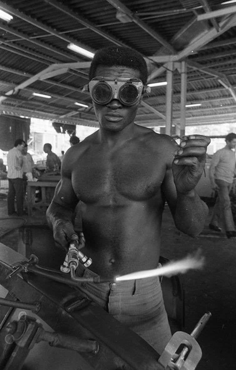 El soldador / Foto: Cortesía Archivo Iván Cañas