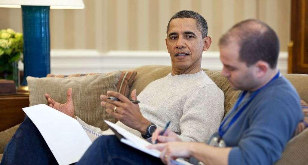 El entonces presidente Obama y su asesor Ben Rhodes, uno de los negociadores con Cuba. Foto: Casa Blanca.
