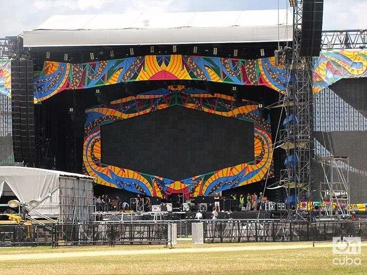Así se ve el escenario de The Rolling Stones en Cuba. Foto: Lidia Hernández Tapia