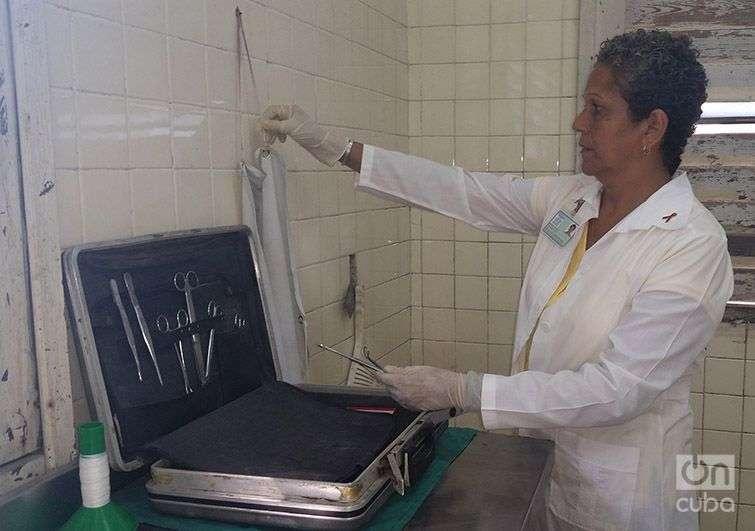 La jefa del servicio provincial de Medicina Legal en Pinar del Río, Aisa Serrano. Foto: Claudia Padrón Cueto